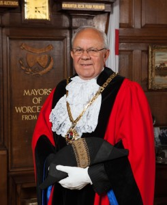 Mayor of Worcester 2015/16 Cllr Roger Knight